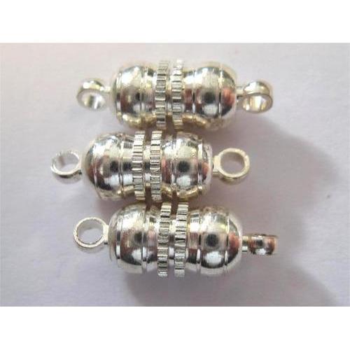 1 ST (1ST) Magneetsluitingen bolvorm zilver 10 mm 3 ST
