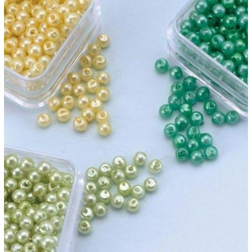 1 PK (1PK) Parelkraaltjes rond geel-groen-l.groen 3 mm