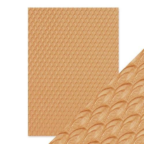 Tonic Studios embossed papier - golden scales 9816E Handmade