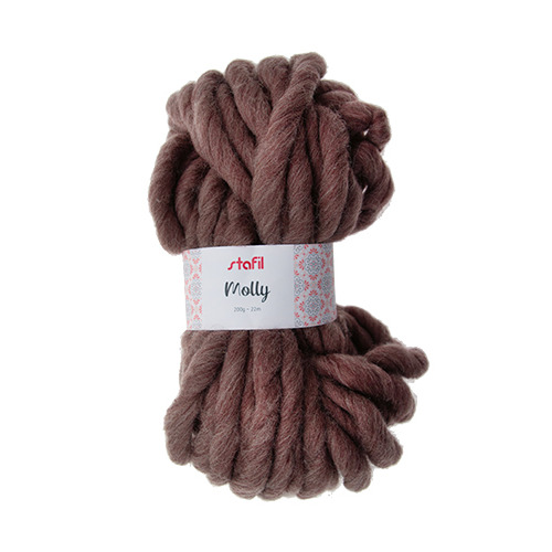 Molly Yarn, Brown