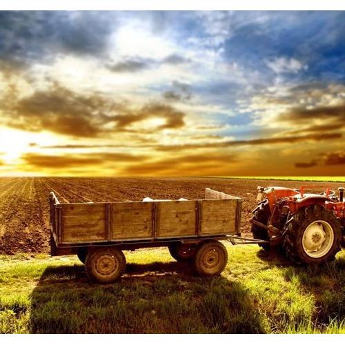 01-tractor1 Diamond Painting vierkante steentjes - tractor op land