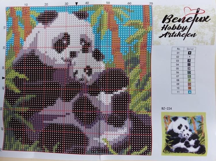 Knoopkussen 42x42cm panda's